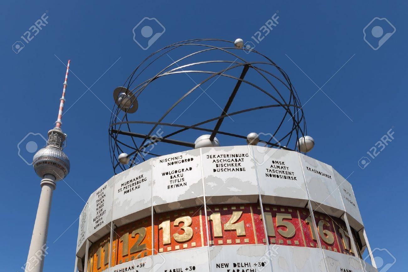 Television tower and world clock at Alexanderplatz in Berlin - 21548772