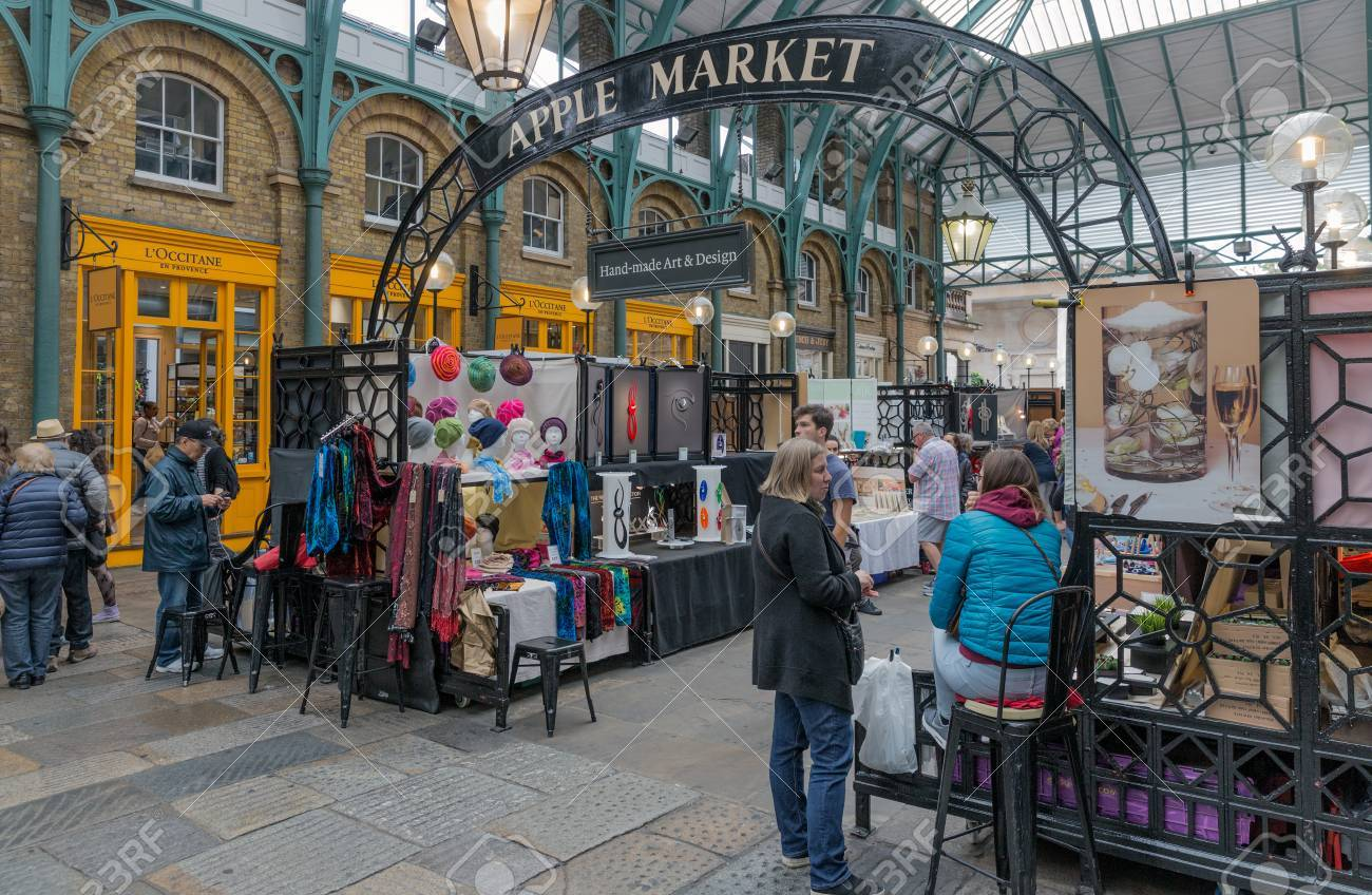 London England June 08 2017 Covent Garden Market In London Stock Photo Picture And Royalty Free Image Image 84963655