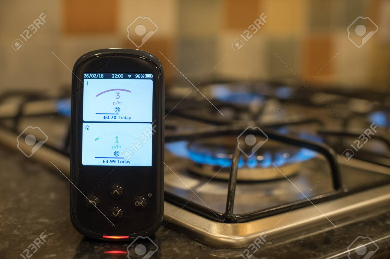 Smart energy meter showing live gas and electricity usage data