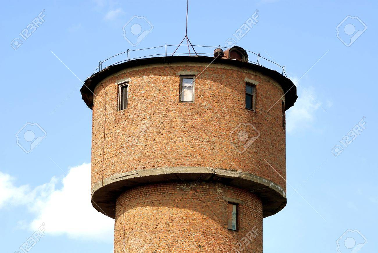 Old water tower Stock Photo - 16186378
