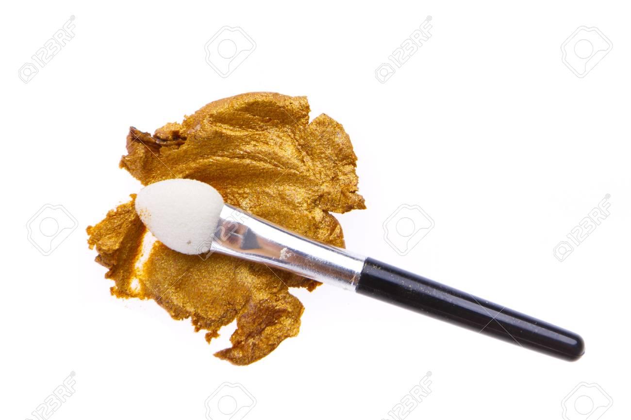 cream eyeshadow with brush isolated on white background Stock Photo - 12815222