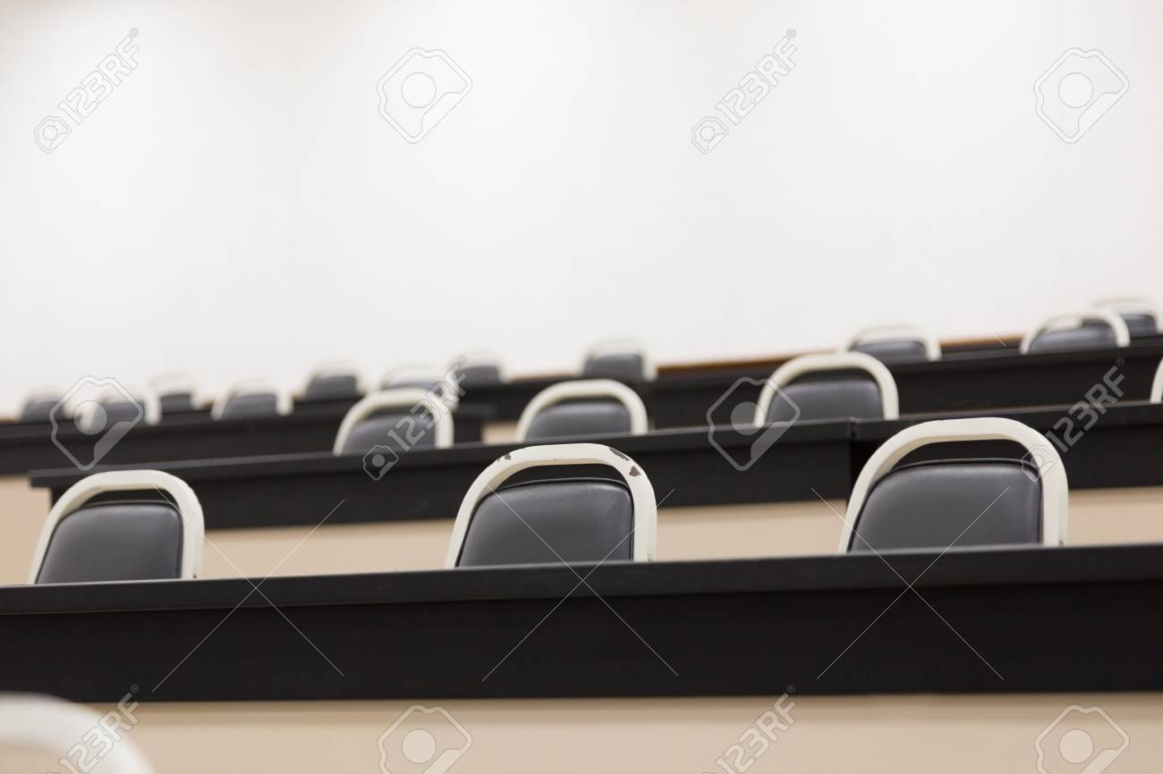 Phenomenal A Lot Of Chair And Desk In Lecture Room Pdpeps Interior Chair Design Pdpepsorg