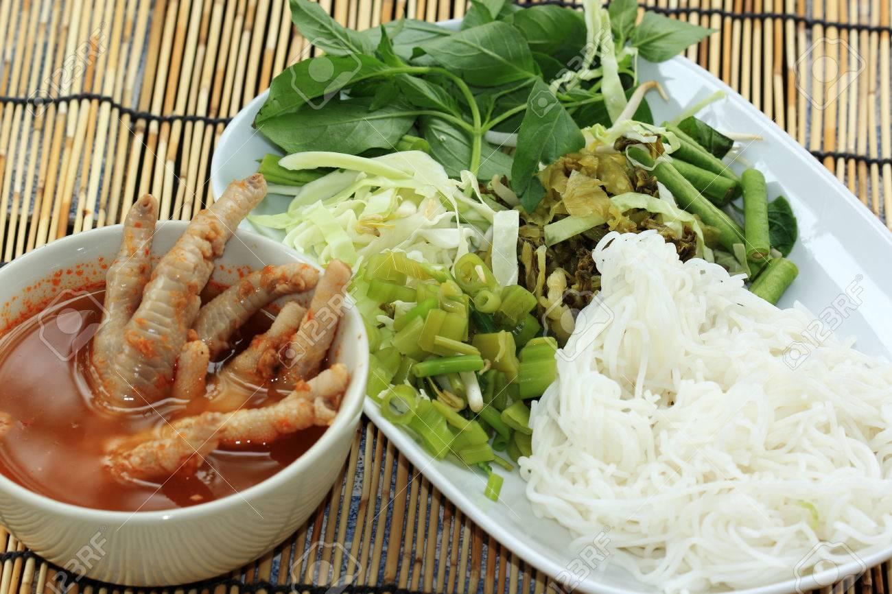Thai Chicken Legs with Vegetables