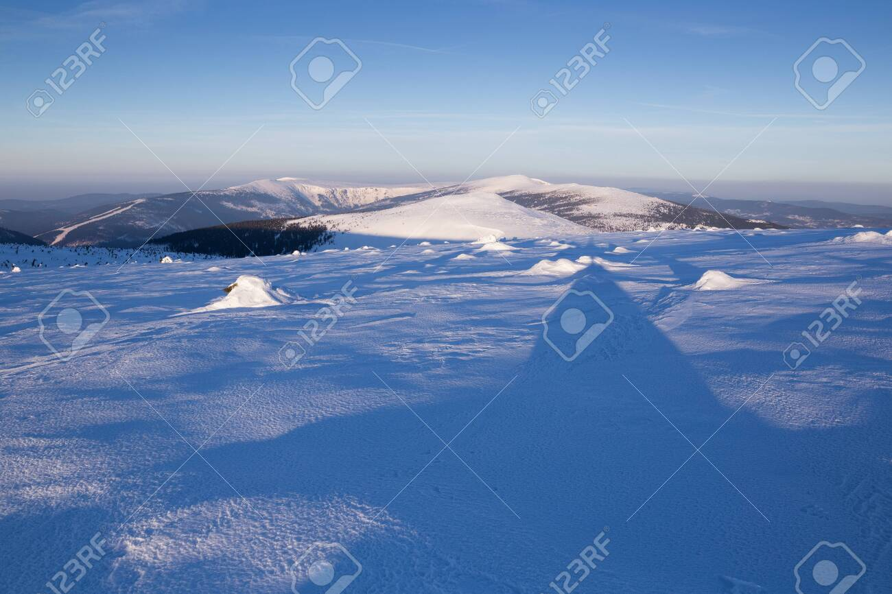 Landscape of the Giant mountains (Krkonose) in winter - 133182012