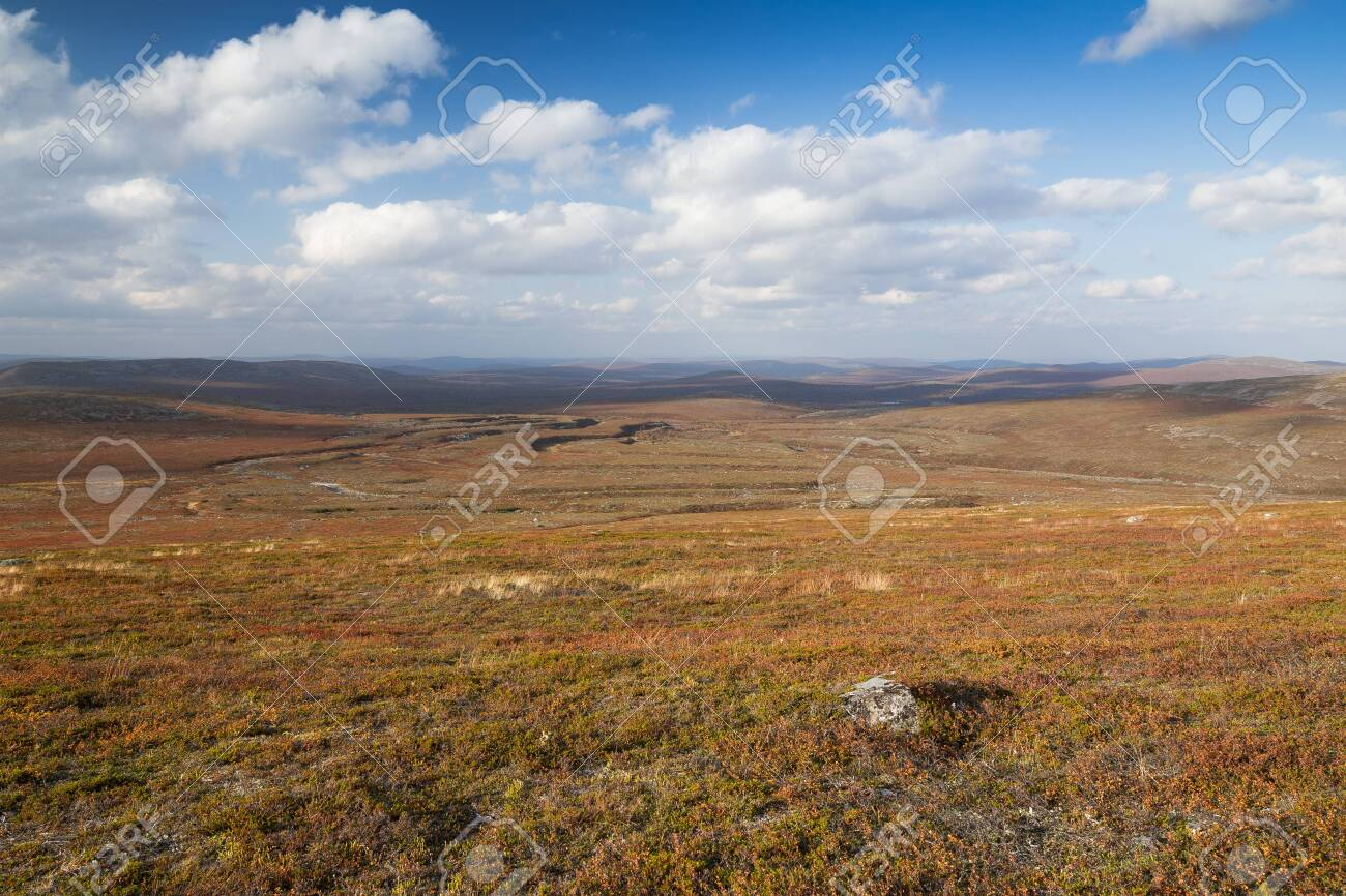 Autumn landscape over a mountain landscape in northern Finland - 133182176