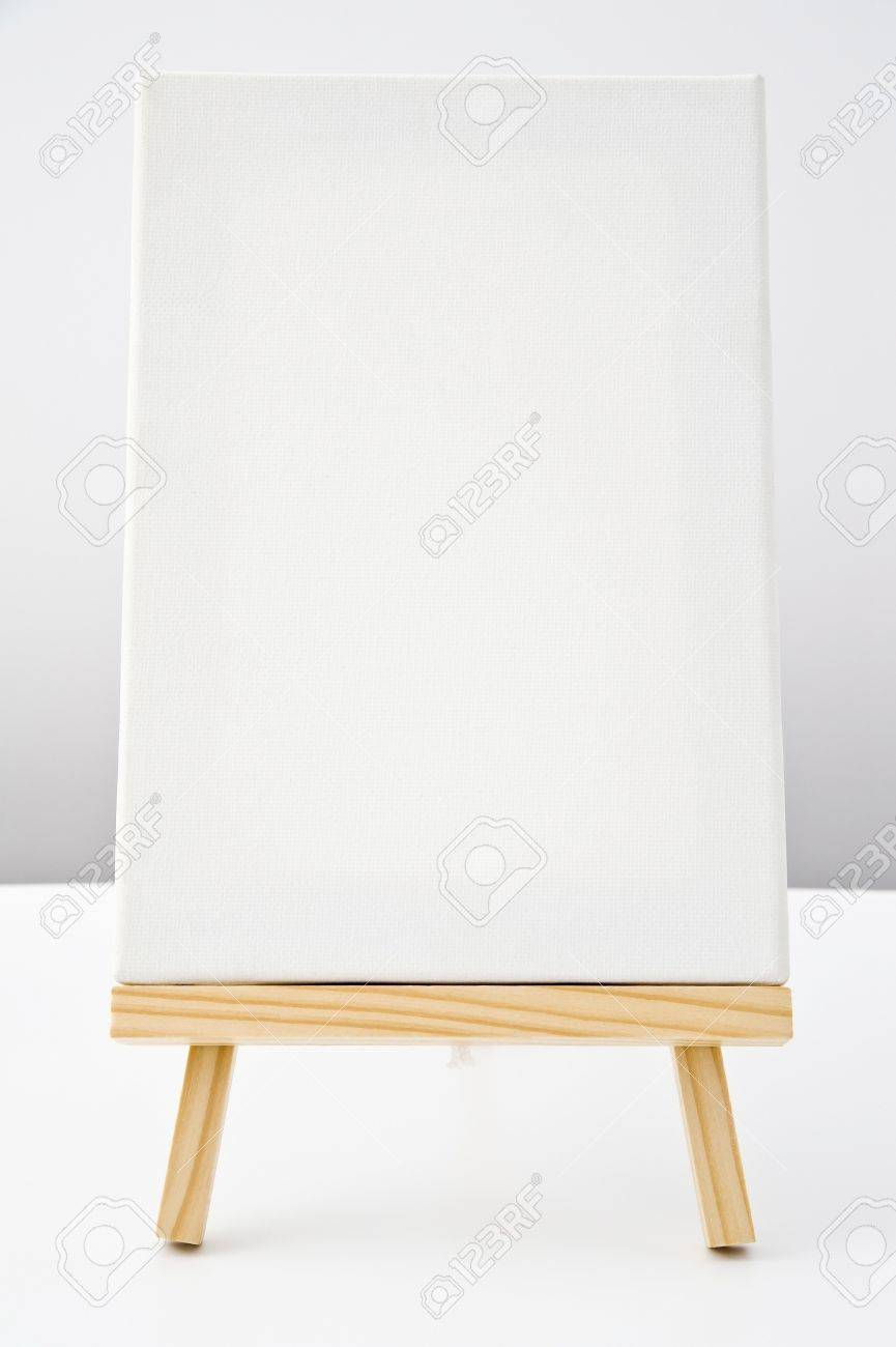 blank white canvas of painting tools on wooden easel Stock Photo - 16153745