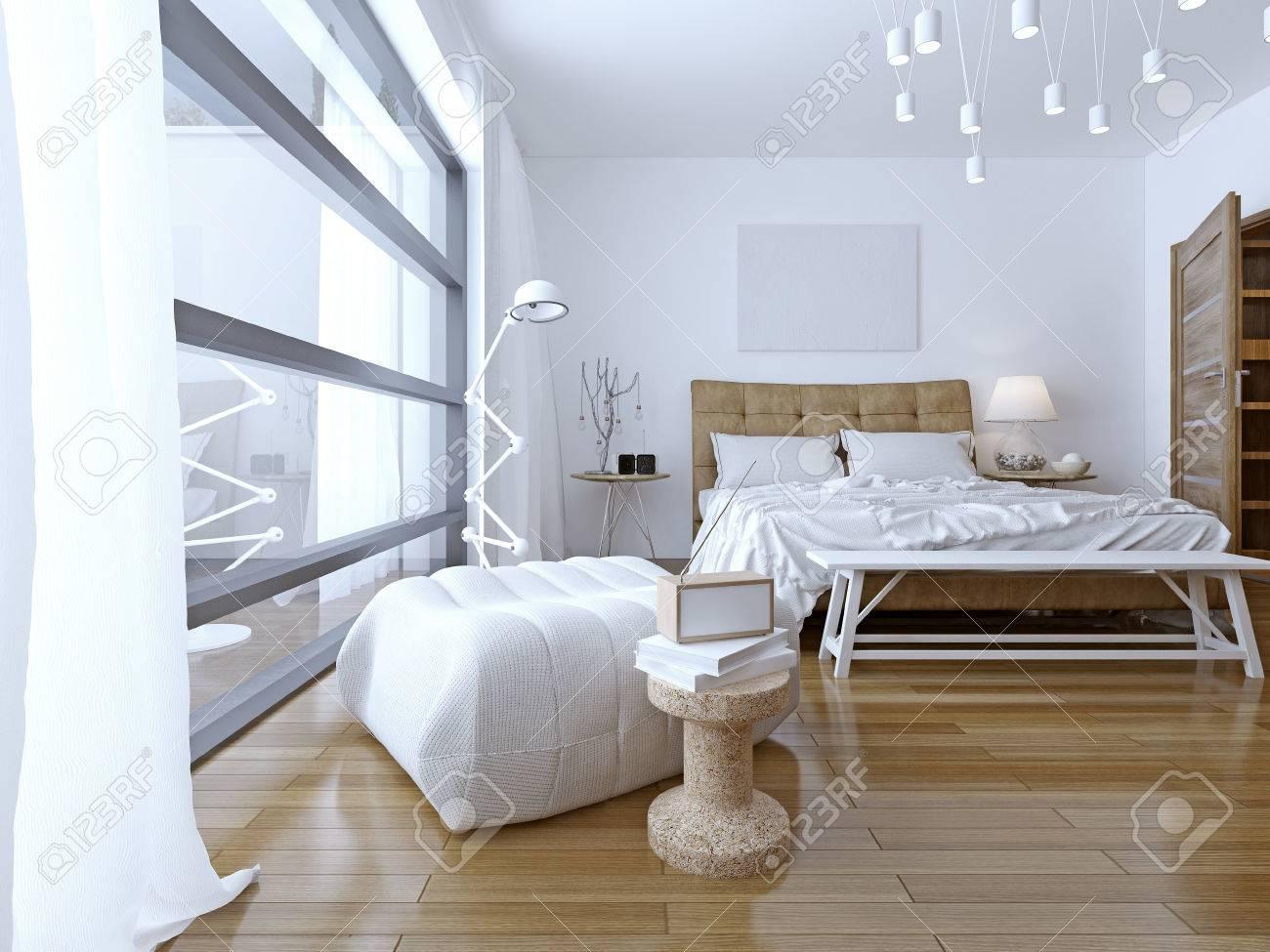 Schlafzimmer Mit Weißen Wänden In Modernem Stil. Etage ...