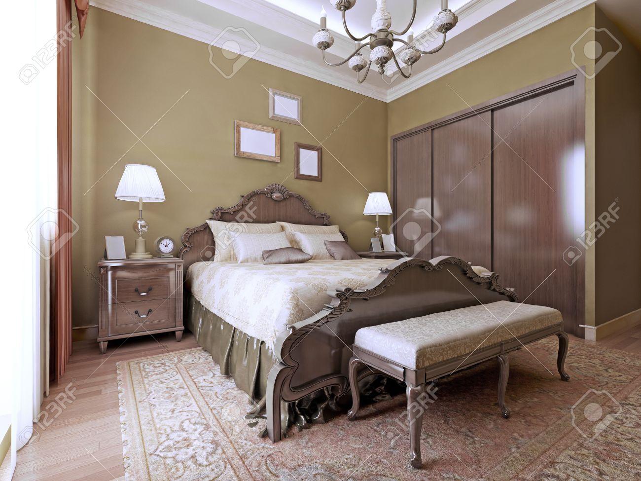 Chambre De Luxe De Style Anglais. Lit Luxueux Avec La Main De Tête ...