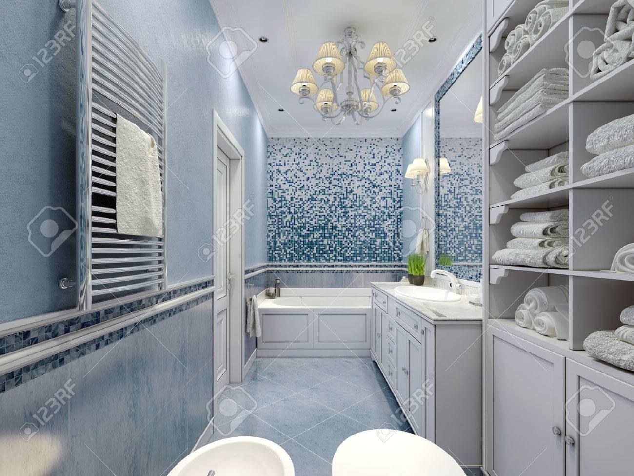 Estilo Clásico Azul Amplio Cuarto De Baño. Bañera, Inodoro, Bidé ...