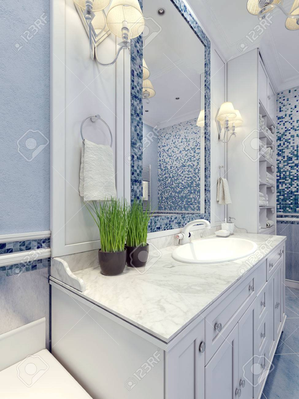 Provence salle de bain bleu tendance. Meubles de salle blanche. Un grand  miroir avec cadre mosaïque de bleu, blanc consoles mélangeur d\'évier. 3D ...
