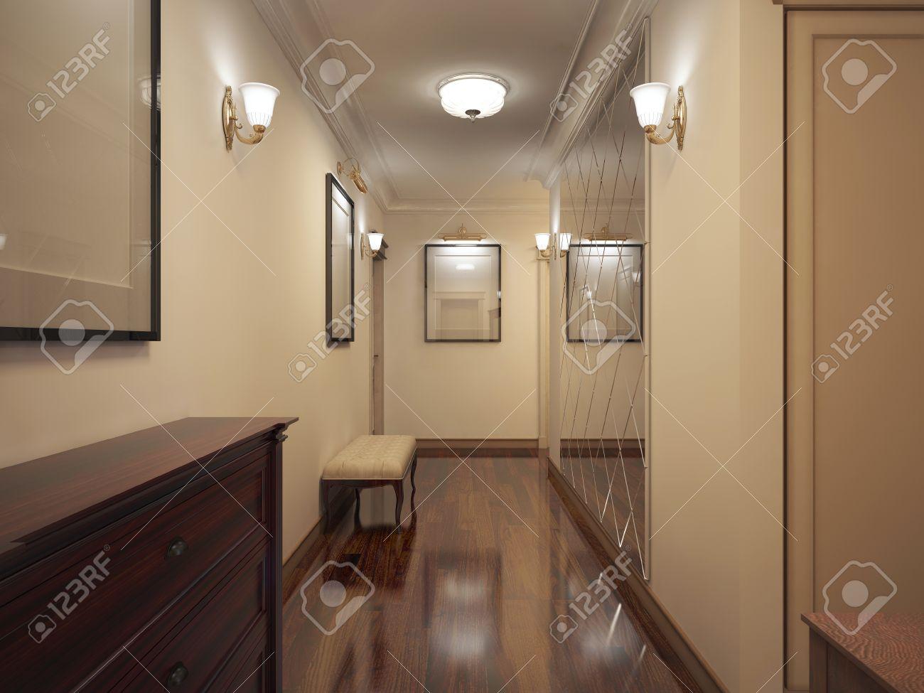 Flur Provence-Stil. Schmale Korridor Mit Beige Wände, Braune ...