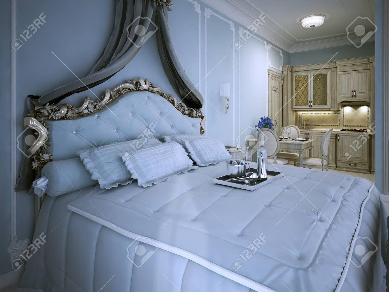 Schlafzimmer Studio Apartment In Blau. Fluffy Bett Im Luxus Design,  Silbertablett Mit