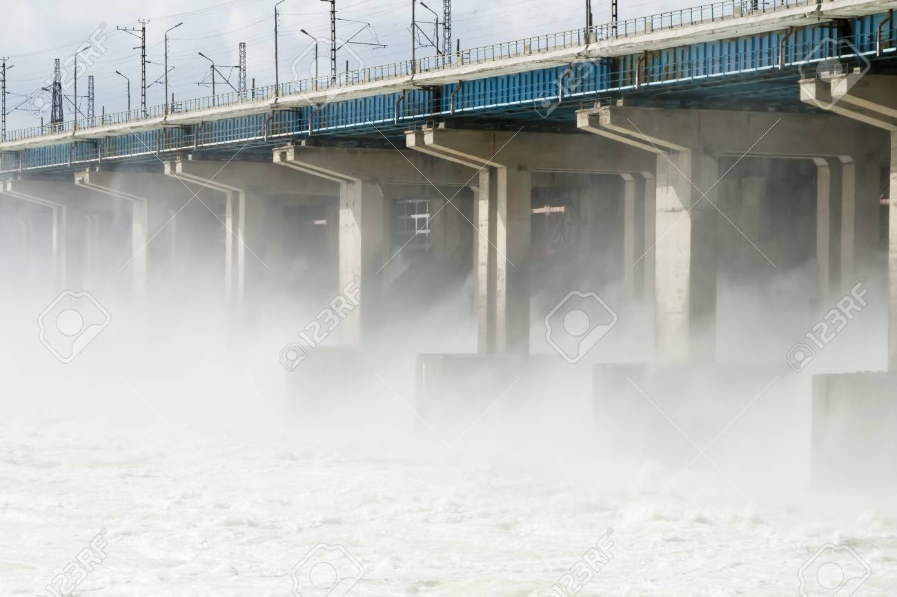 Reset of water at hydroelectric power station on the river Stock Photo - 10103282