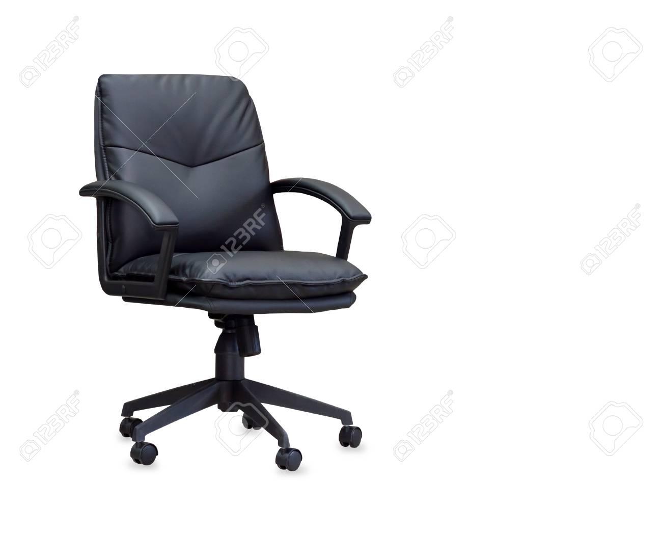 La poltrona da ufficio in pelle nera. isolato foto royalty free