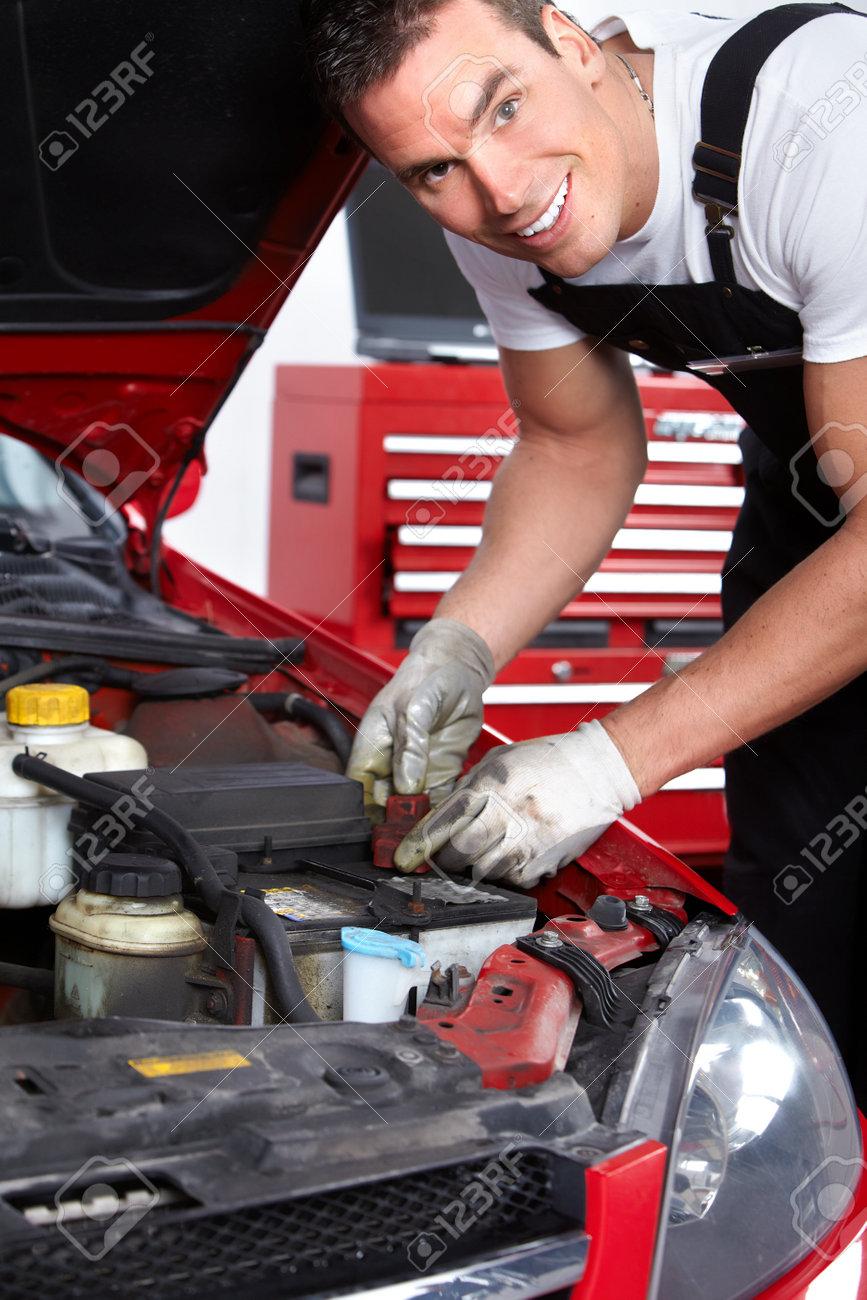 Auto mechanic Stock Photo - 9130007