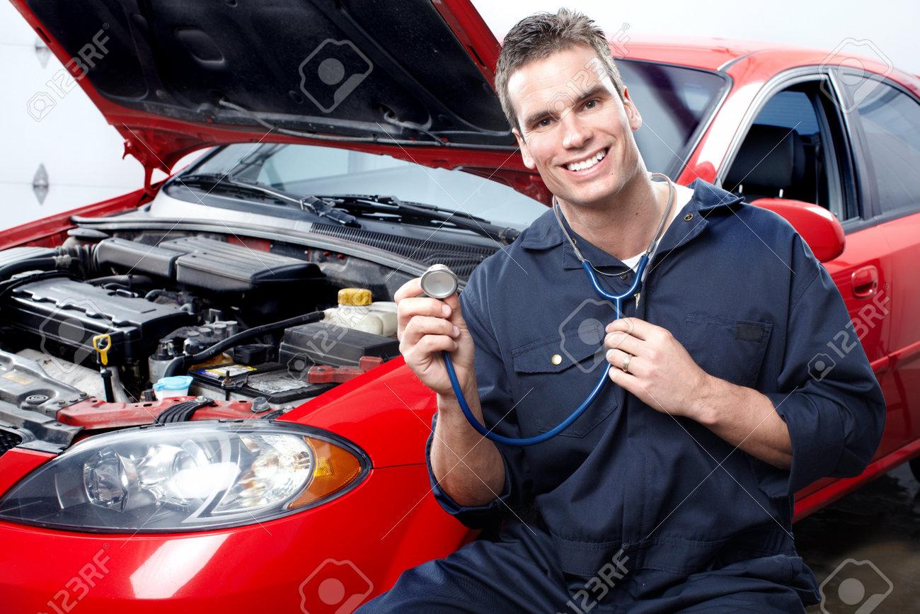 Auto mechanic Stock Photo - 9140220