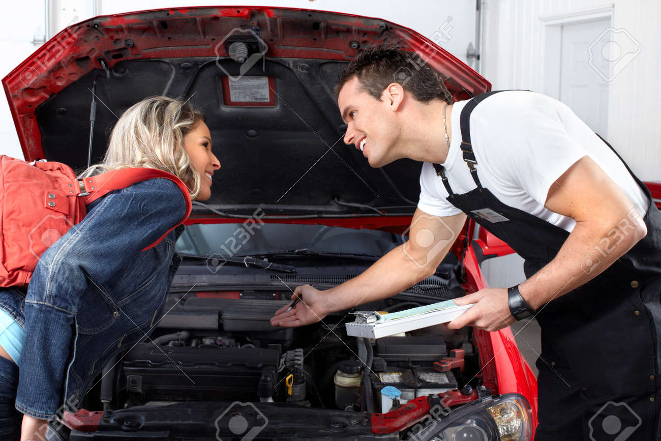 Auto mechanic Stock Photo - 9324526