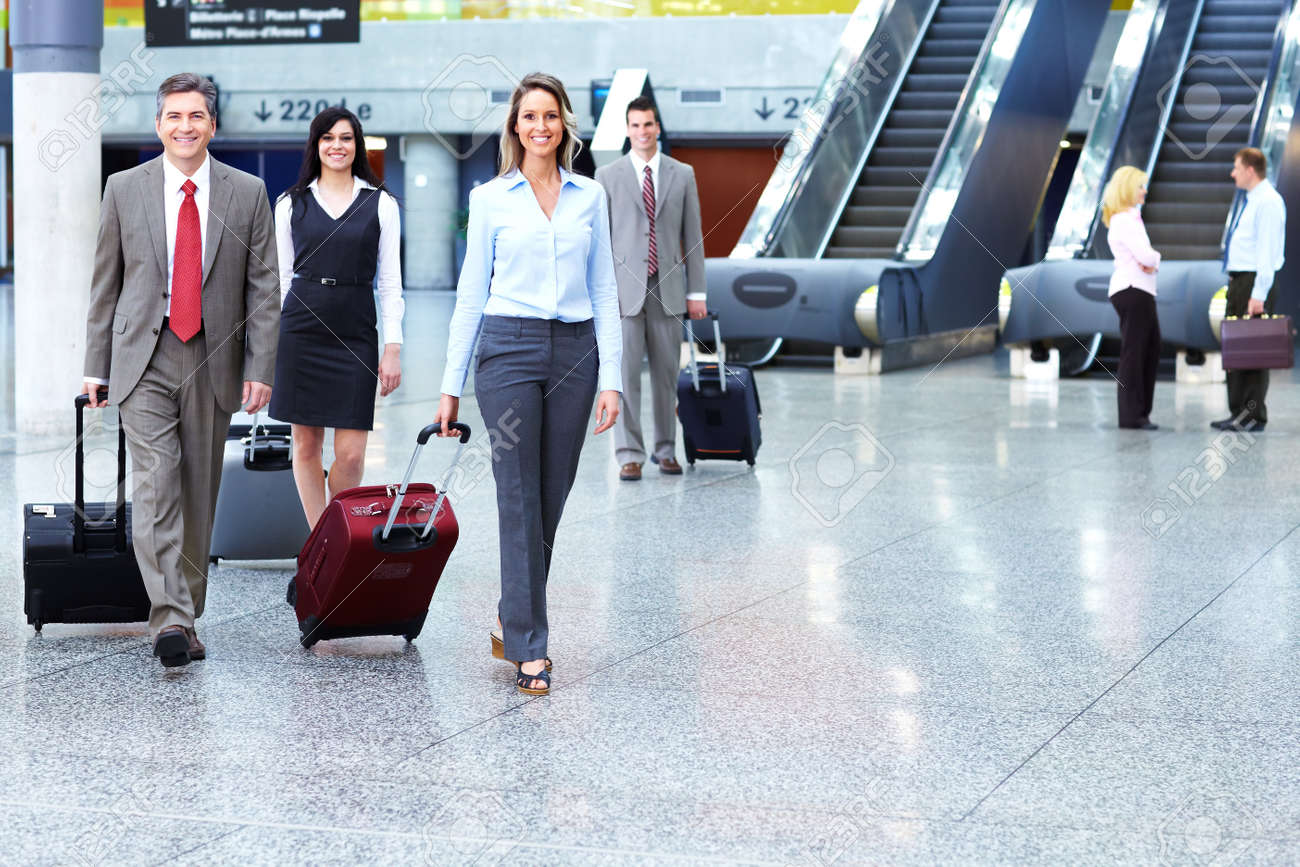 Group of business people at the airport - 14201852