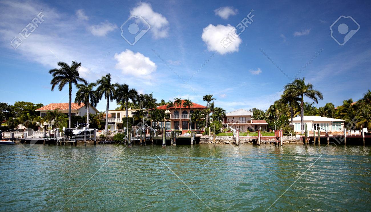 Beautiful miami landscapes. Travel destination. Stock Photo - 15593280