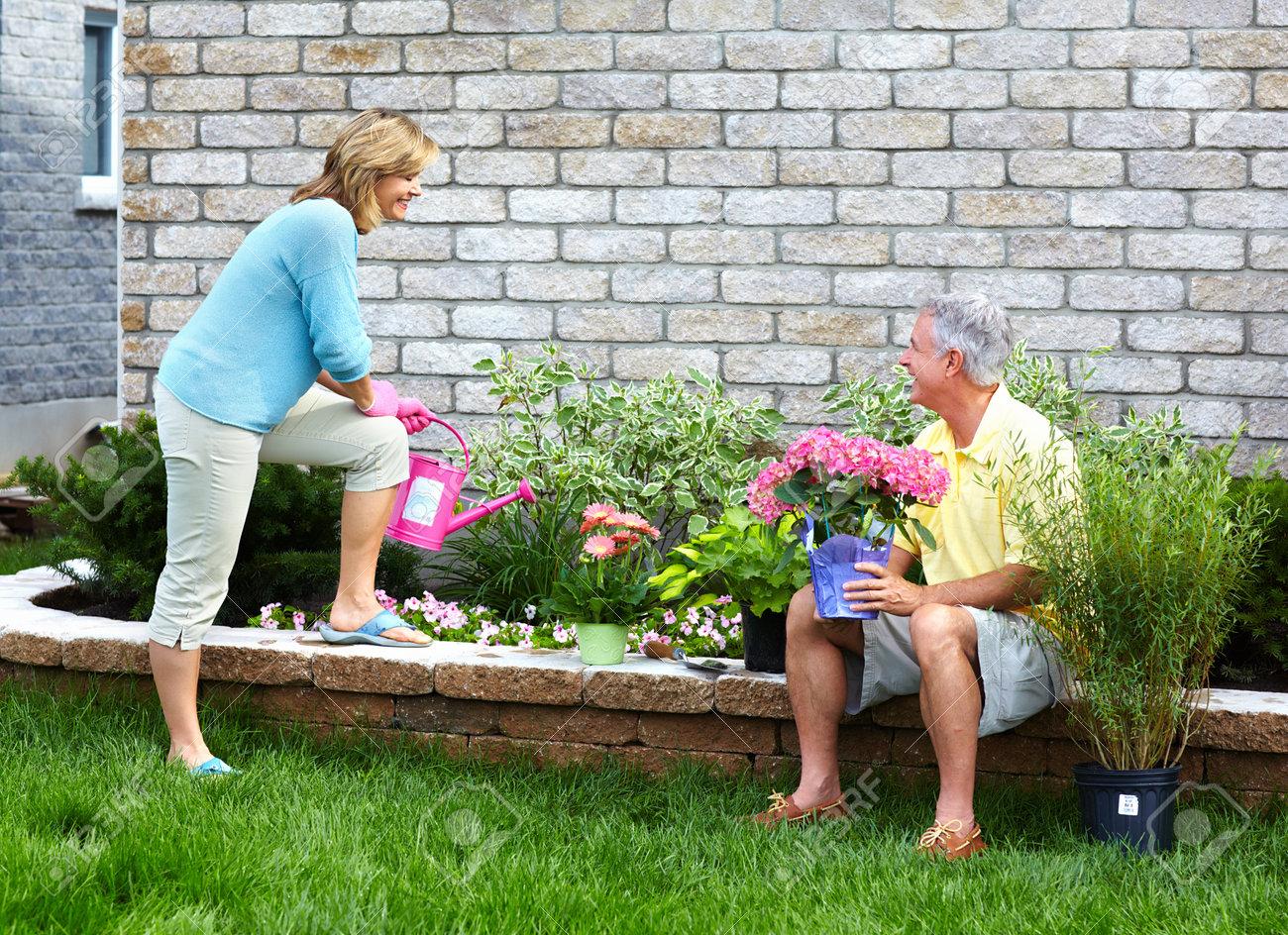 Gardening senior couple Stock Photo - 18763761