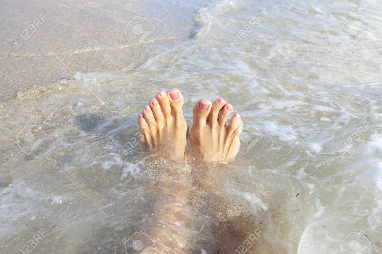 Beautiful tropical beach. Caribbean vacation resort. Stock Photo - 21411325