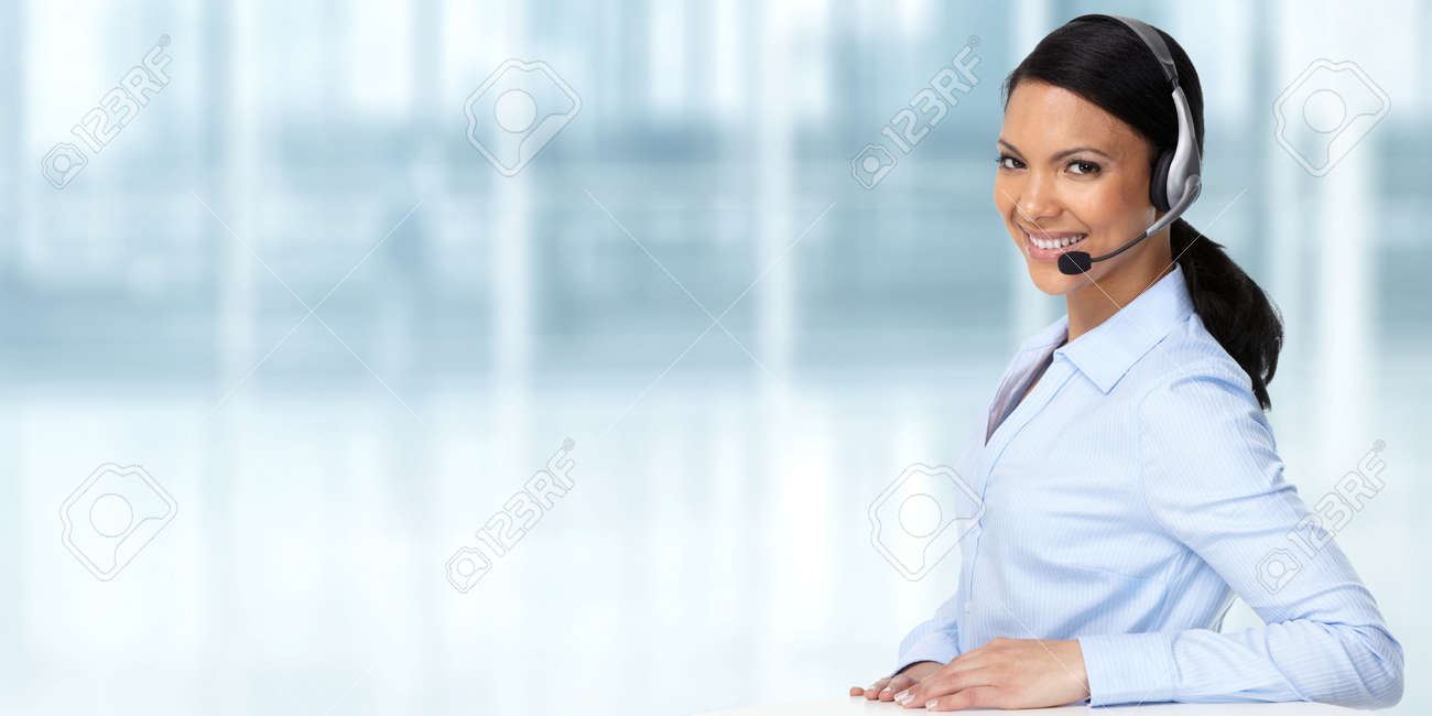 Smiling asian agent business woman with headsets. - 52887294