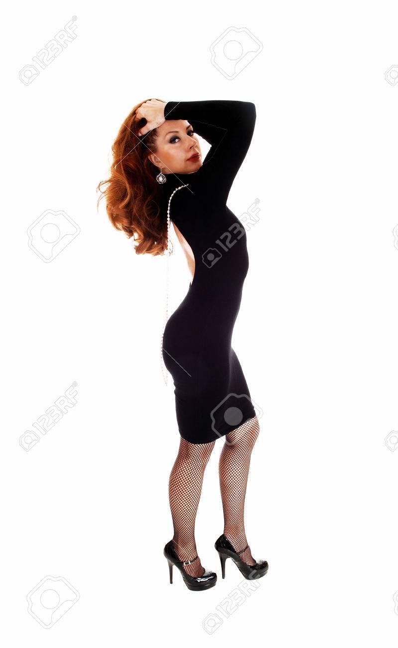 Profil Femme Une Noire Ennemi Mince Robe Deboutde Isolé Dans Vn8no0wm LpqUzVMSG