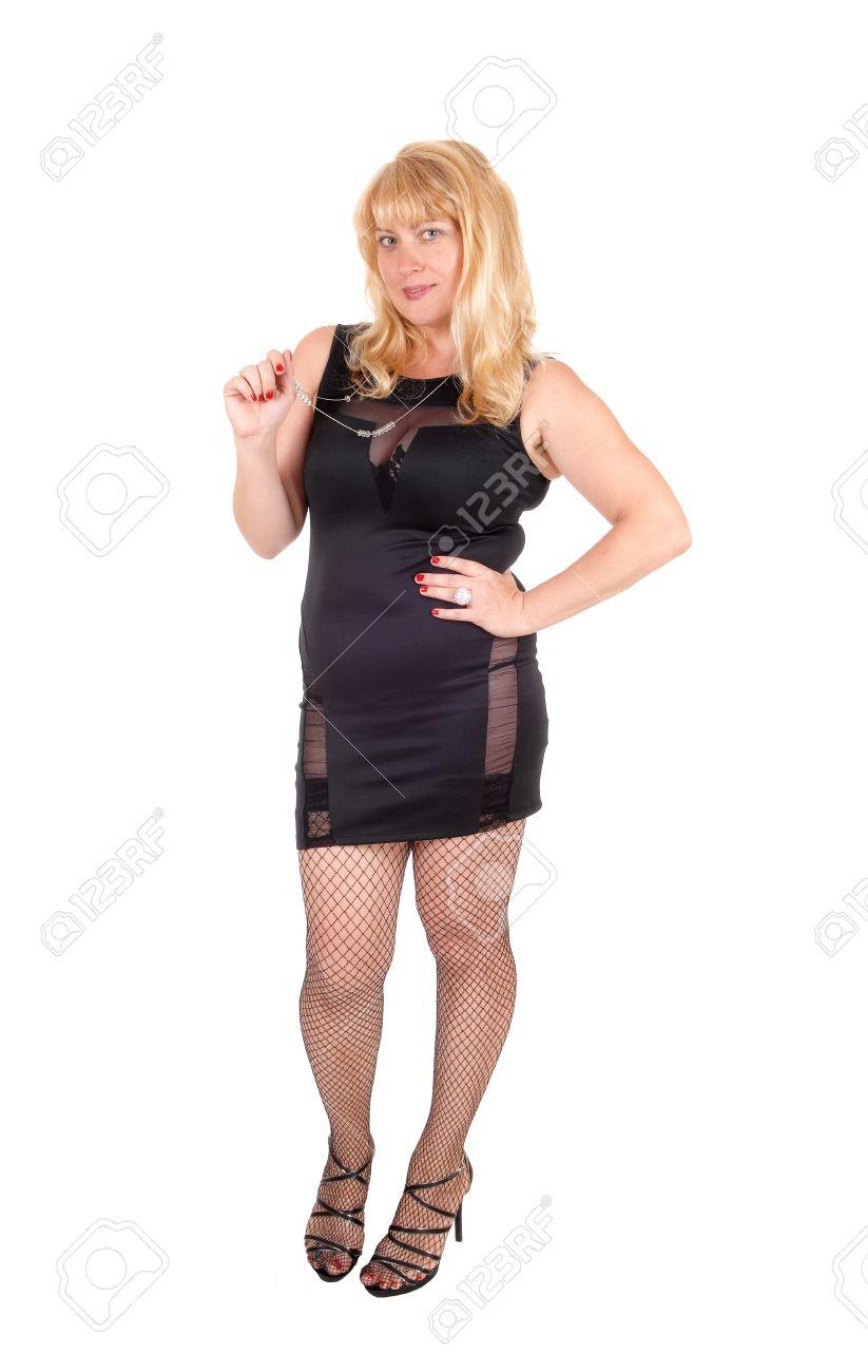 Vestido negro com medias negras