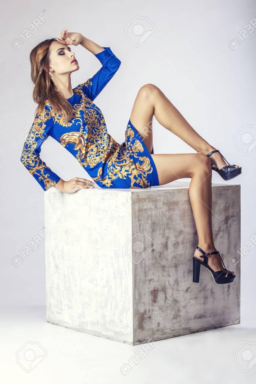 Fashion model beautiful woman Studio photography. Fashion, beauty, sexy, makeup, clothing, laugh. - 43219923