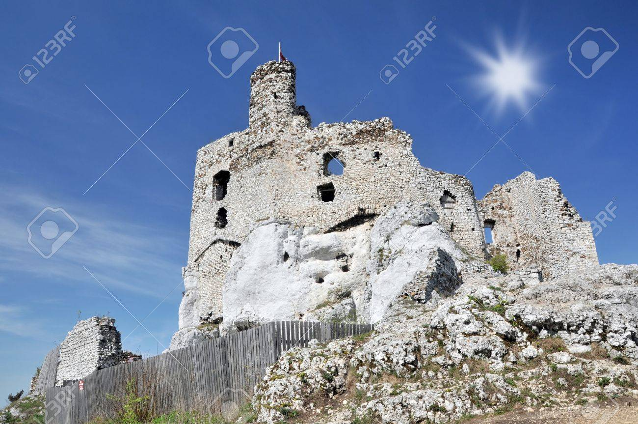 Medieval castle- Mirow in Poland Stock Photo - 14035546