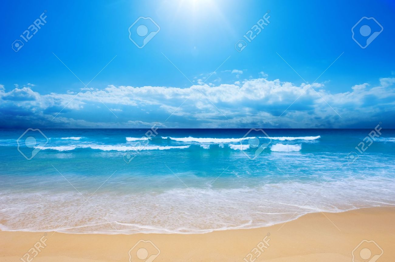 Gorgeous Beach in Summertime Stock Photo - 2631097