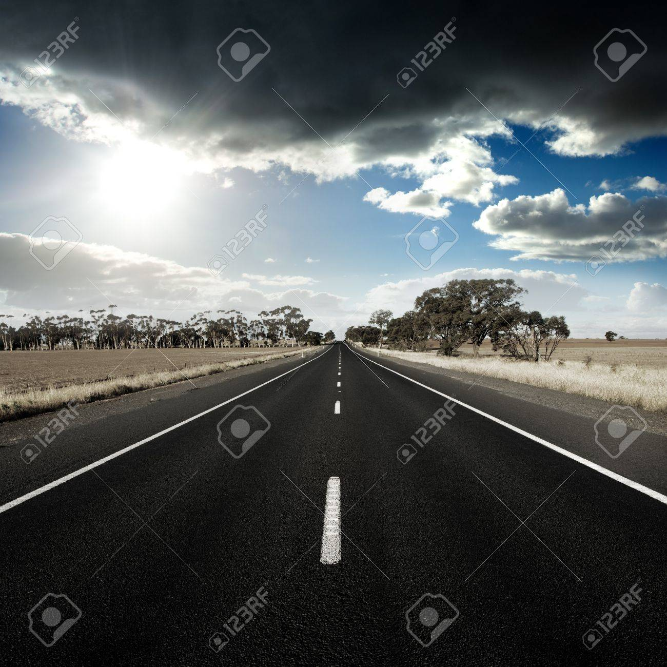 Straight Road in rural Australia Stock Photo - 8274271
