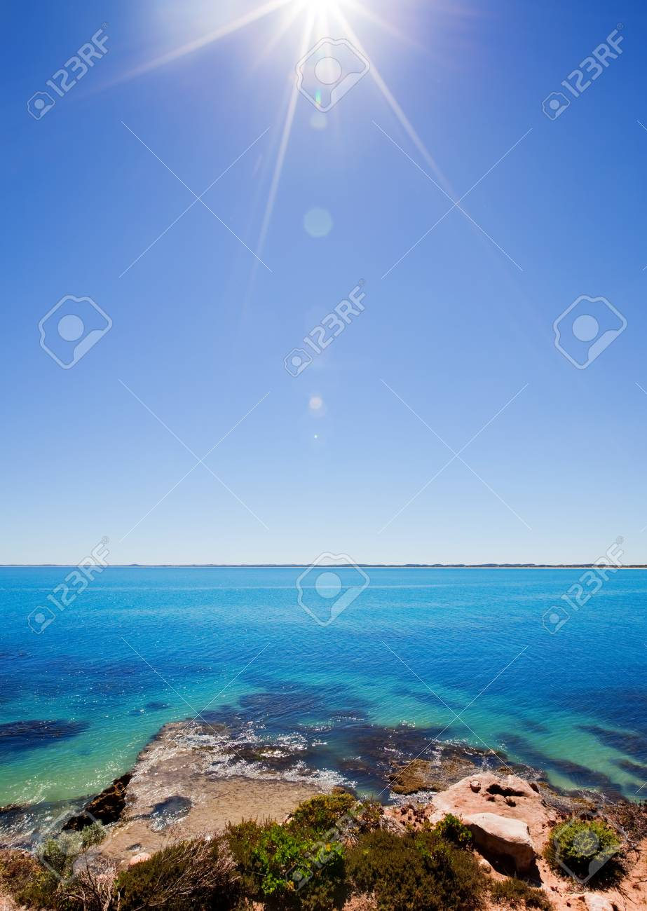Hot summer day on the coast Stock Photo - 9545005