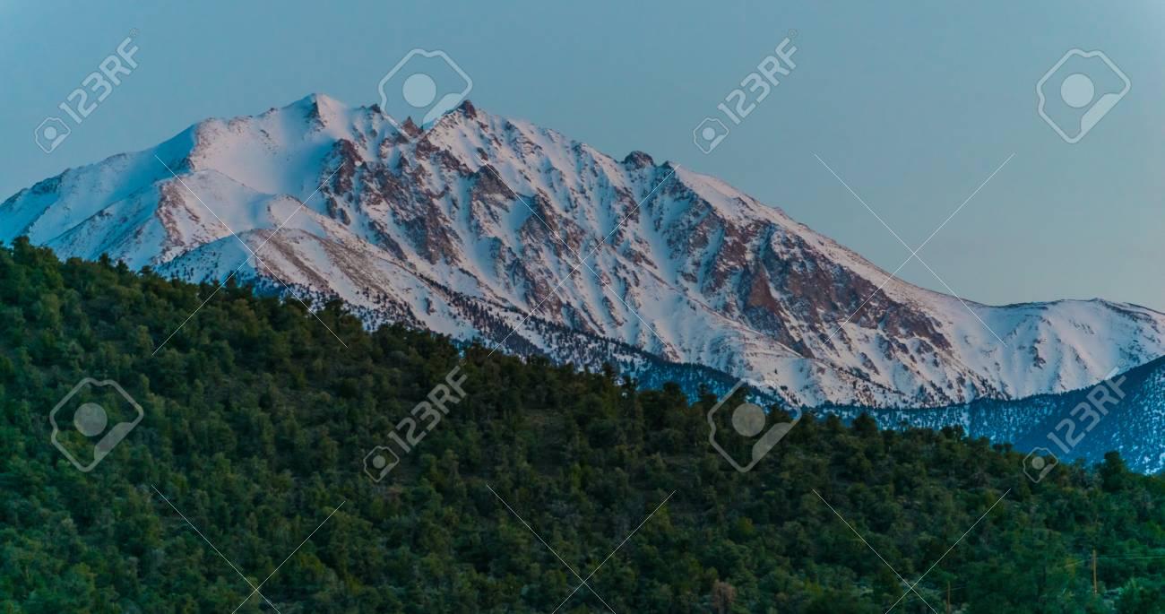 境界ピーク白い山グレートベース...