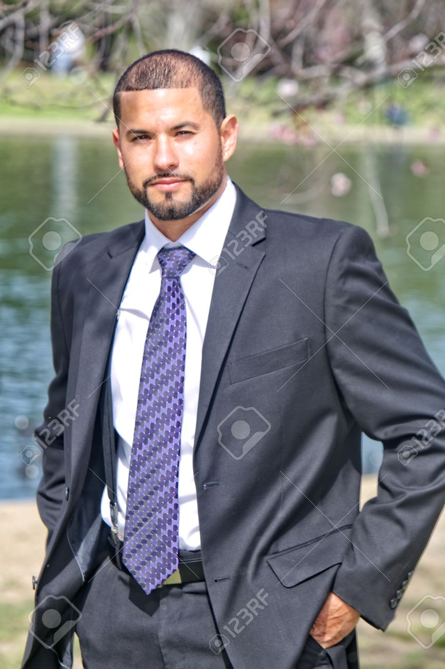 Groovy A Hispanic Man With A Well Manicured Beard And Haircut In Suit Short Hairstyles Gunalazisus