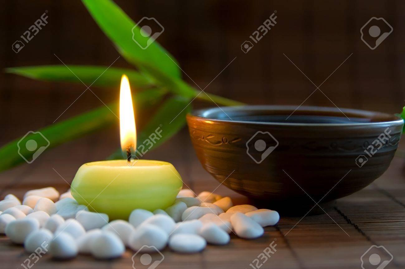 Decorare Candele Bianche : Candele e candeline di natale