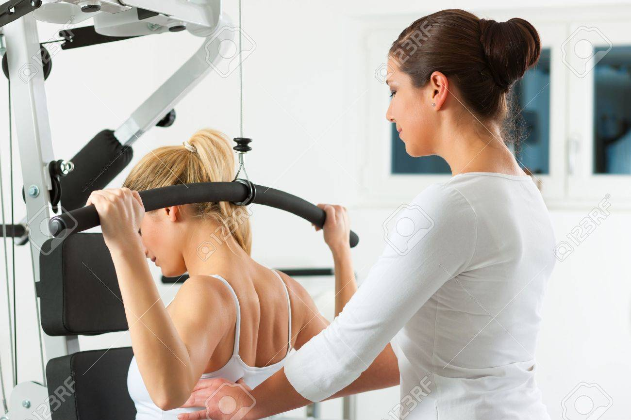 Patient at the physiotherapy Stock Photo - 9415519