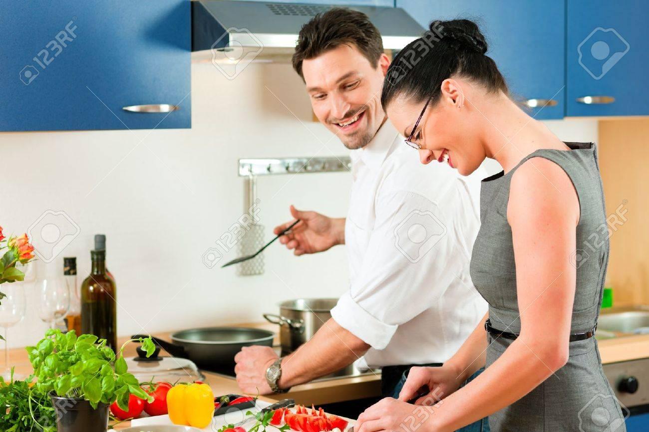Koken keuken royalty vrije foto's, plaatjes, beelden en stock ...