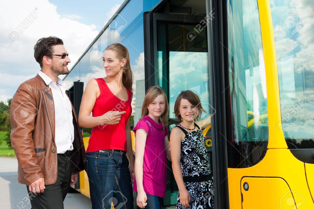 kasaetsya-chlenom-v-transporte