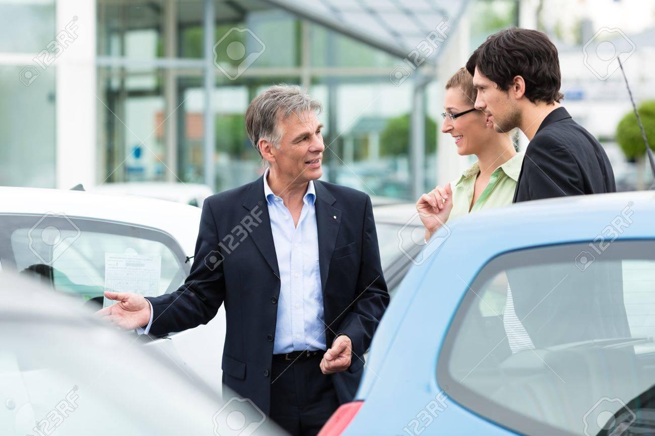 Sex im autohaus