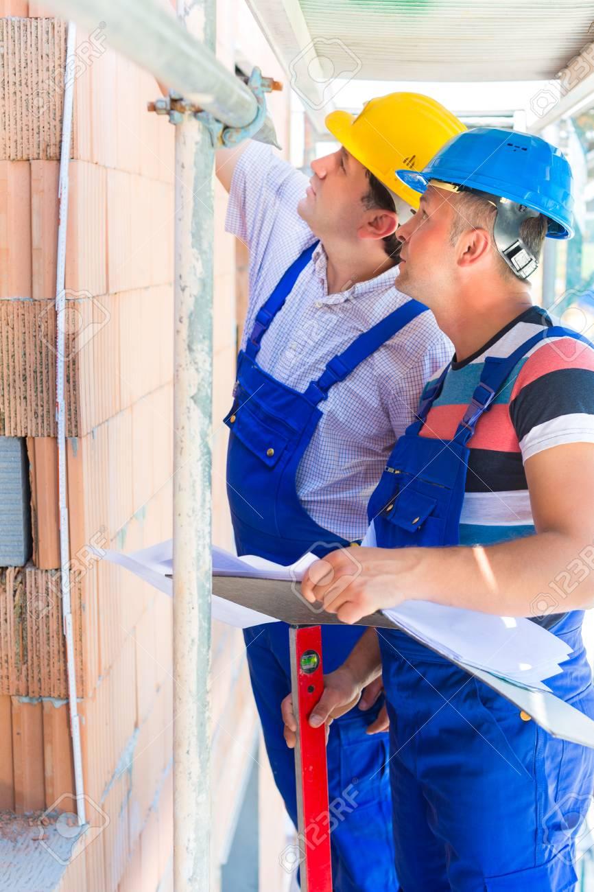 Baustelle Arbeiter Ein Haus Bauen Oder Ein Haus Zu Tun ...