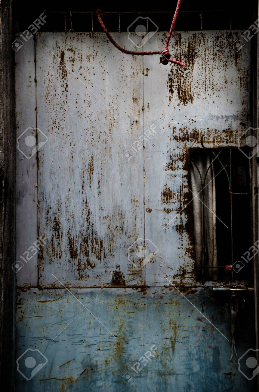 Scary Door of the old House Stock Photo - 21575531 & Scary Door Of The Old House Stock Photo Picture And Royalty Free ...