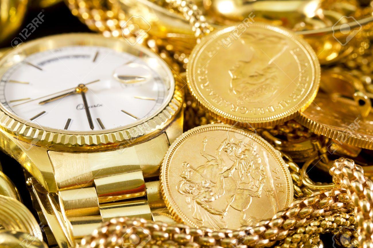 joyera oro collares anillos pulseras reloj riqueza foto de archivo