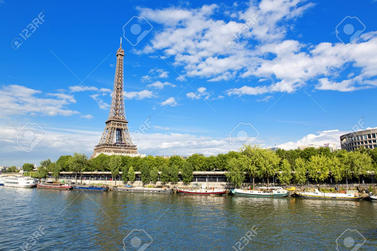Paris, the beautiful view of the Eiffel Tower on a summer day - 130762045