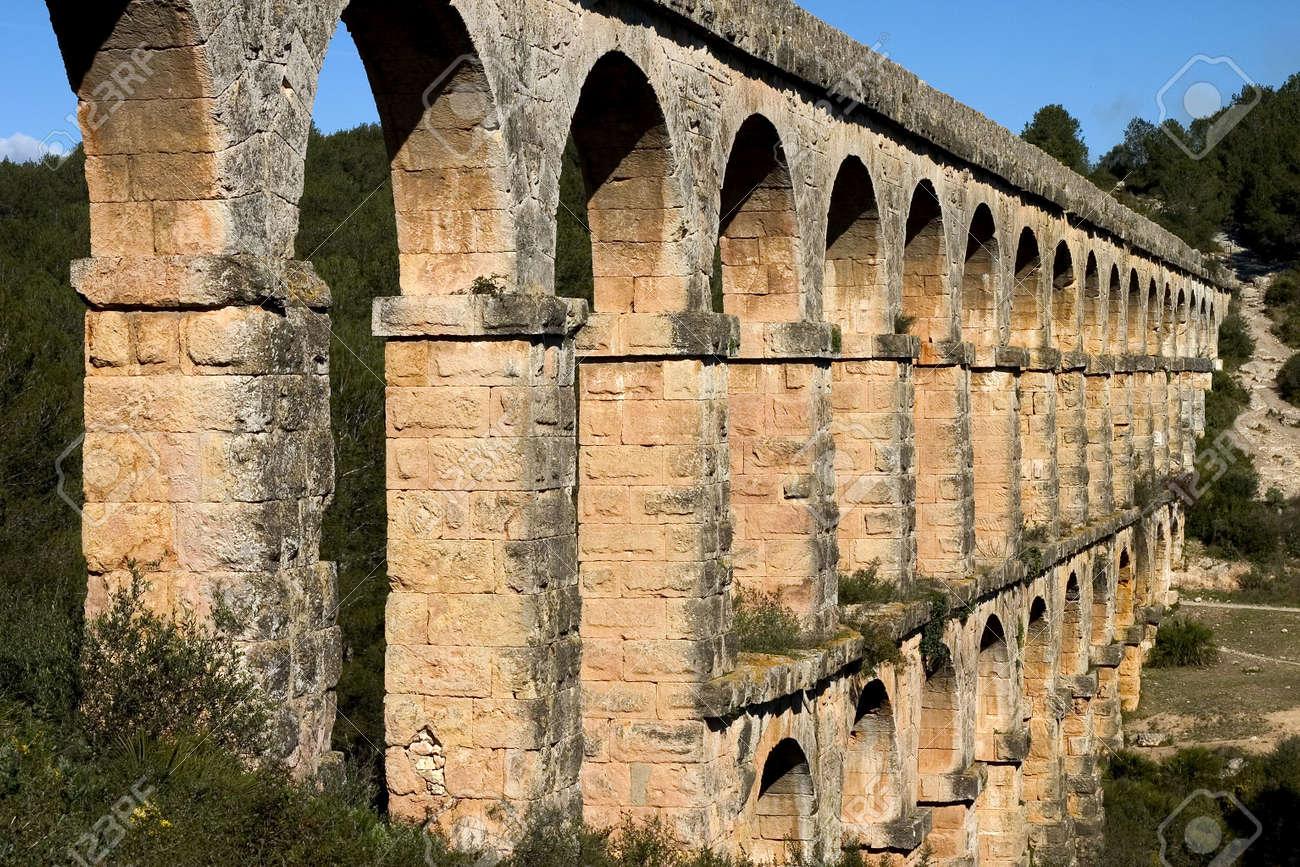 roman aqueduct in tarragona catalonia spain stock photo