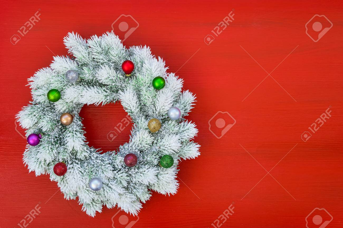 Red And White Christmas Wreath.Red Christmas Background White Christmas Wreath With Christmas
