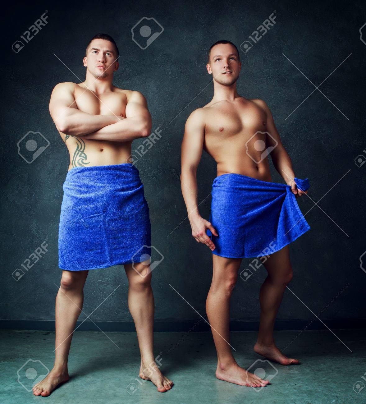 Dusche der jungs nackt in Nackte Schwule