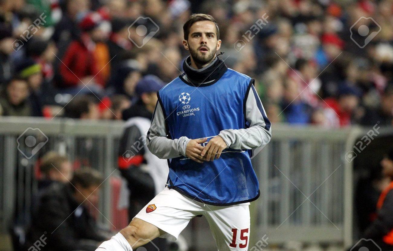 Munich Germany November 5 Miralem Pjanic Roma DURING THE
