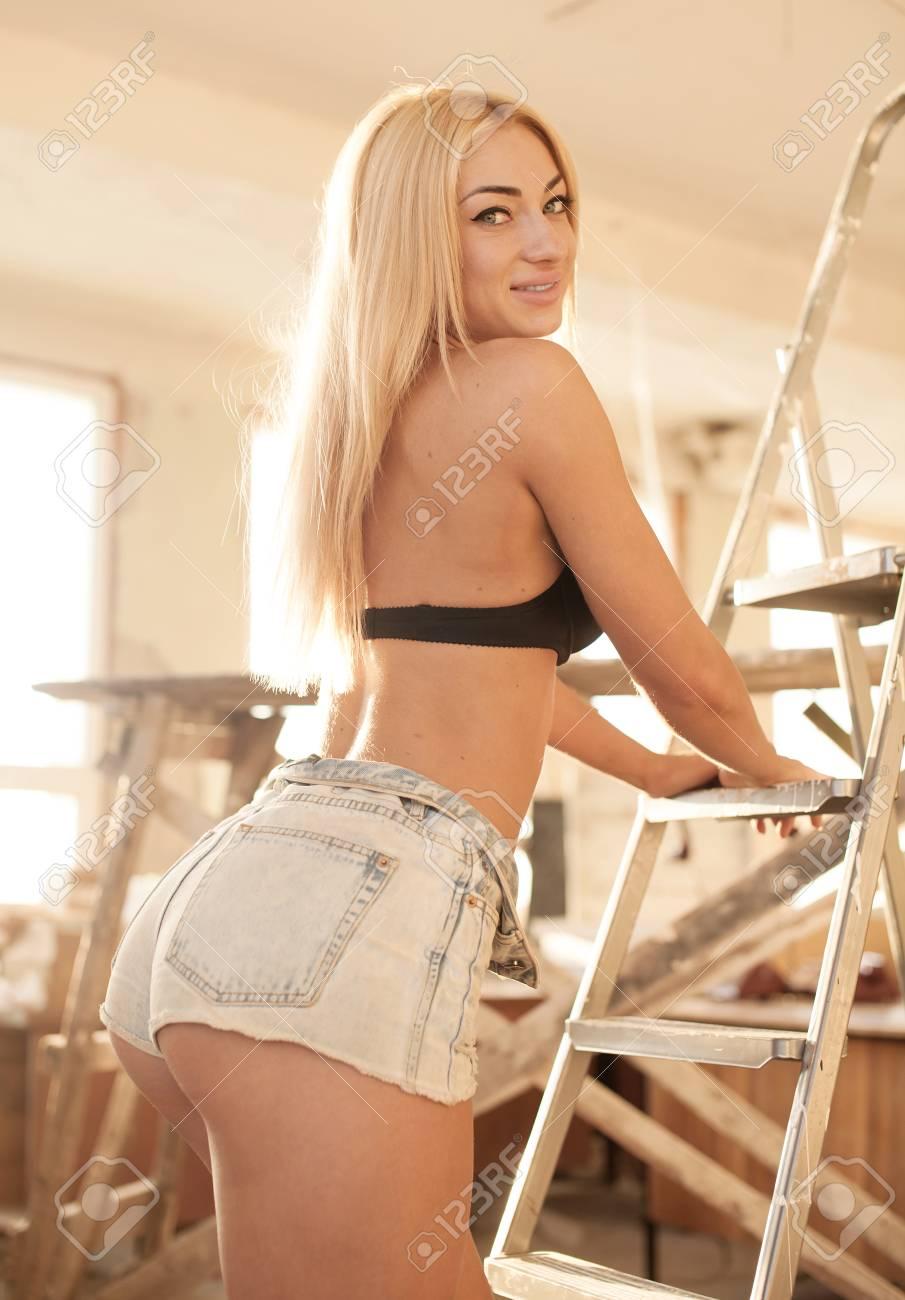 Sexy Blonde Ass