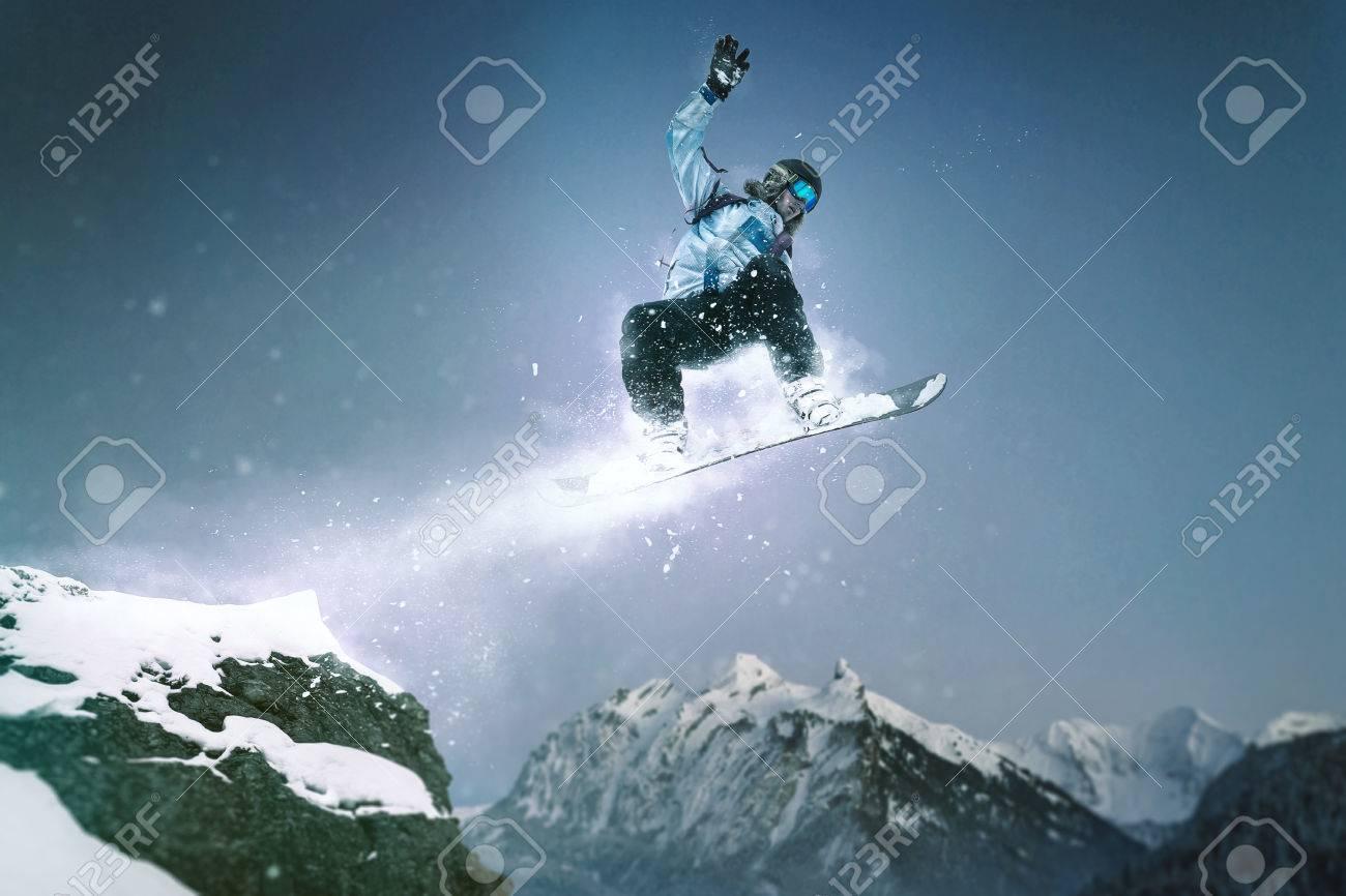 Snowboard Jump - 75759975